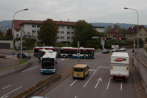 Busse fahren aus