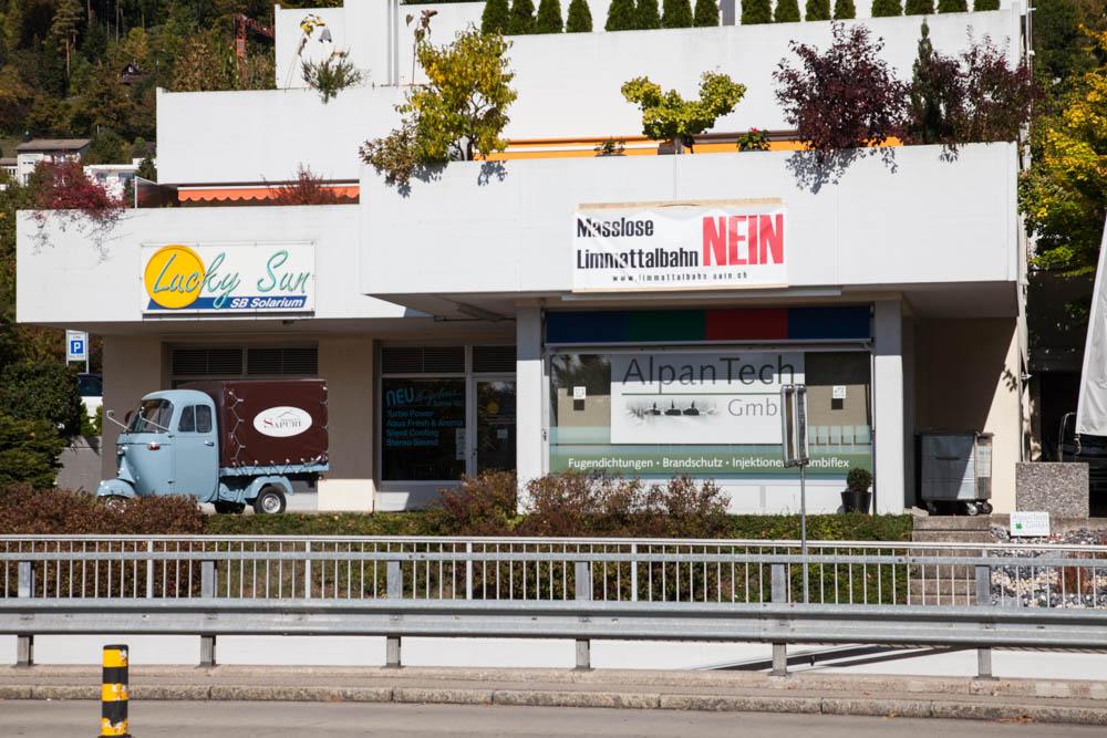 Werbung gegen die Limmattalbahn